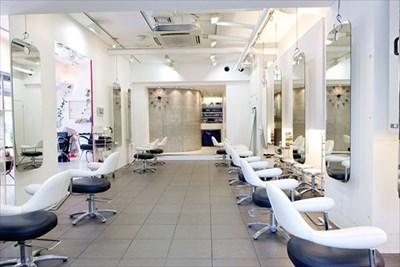 静岡で店舗リフォームを行うなら【あき くりえいと株式会社】~美容室・ネイルサロンなどにも対応~