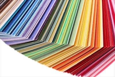 内装の色でお店のイメージは変わる